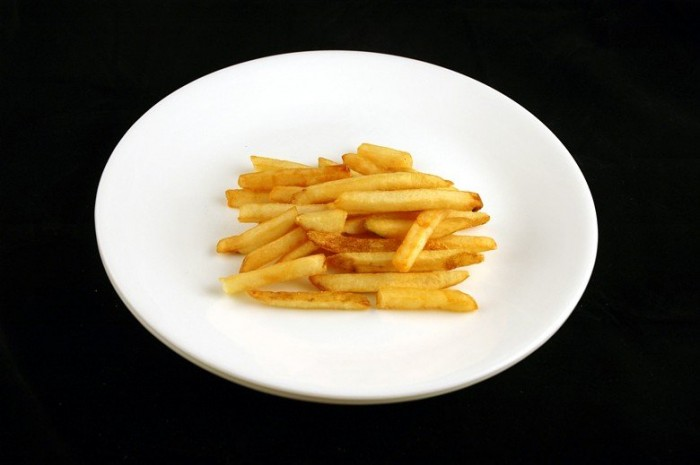 12 200 calorii