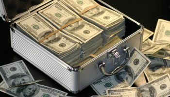 bitcoin depaseste 10000 dolari